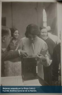 Mujeres votando en La Rioja (1951)