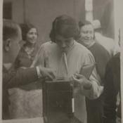 Mujeres votando