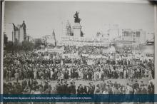 Manifestación de apoyo al voto femenino (1947)
